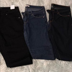Lot of three Forever 21 jeans denim pants